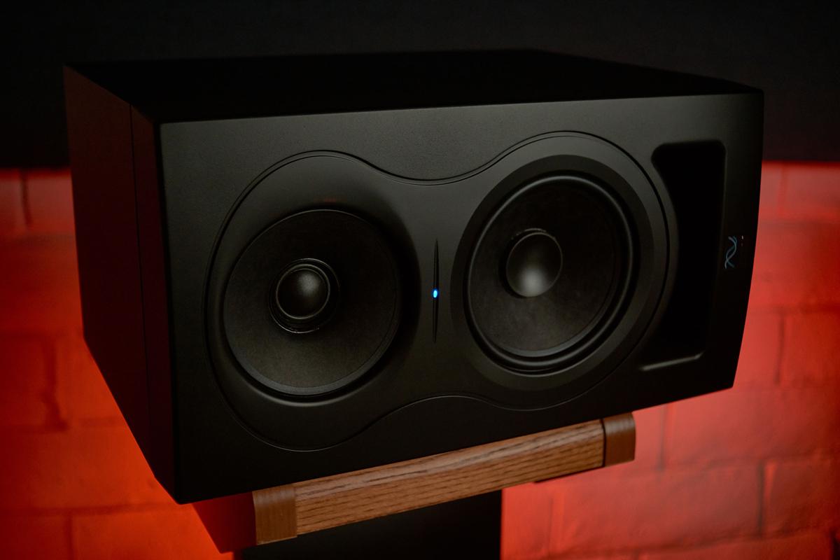 KALI-IN-5-Studio-Monitor-5_studio